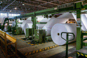 Переработка бумаги: этапы обработки, важность и факты